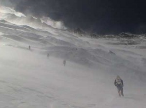 vento forte sull'Everest