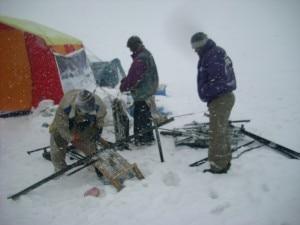 Keep Baltoro Clean: carico di rifiuti sul ghiacciaio