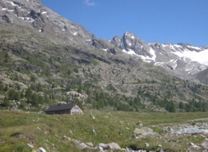 Il rifugio Federico e il ghiacciaio Dosdè Orientale