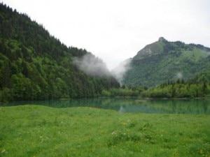 Le montagne intorno ad Armoy
