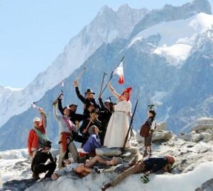 Protesta sul Bianco contro Sarkozy (Photo Repubblica.it)