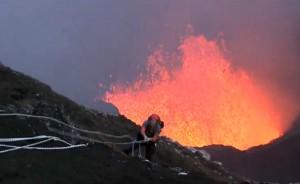 David Bristol si cala nel vulcano
