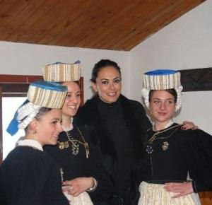 Maria Grazia Cucinotta a Scanno (Photo courtesy http://ilcentro.gelocal.it/pescara)