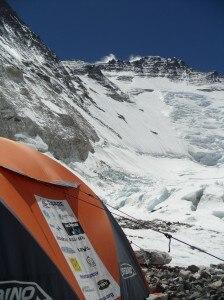 Share Everest 2011 - Bernasconi e Nardi a campo 2