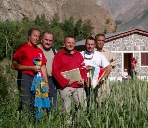 In una foto di alcuni anni fa, da sinistra: Pinuccio Castelnuovo, Renato Moro, Agostino Da Polenza, Natale Villa e Asraf Hamman