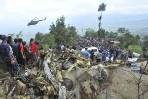 Un'immagine dell'incidente aereo nella valle di Kathmandu