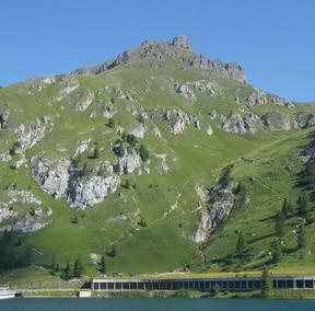 Monte Padon (Photo courtesy of dolomiti-friulane.blogspot.com)