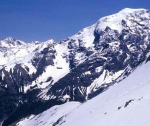 Ortles e ghiacciaio del Madaccio (Photo courtesy of http://www.albergofolgore.com)
