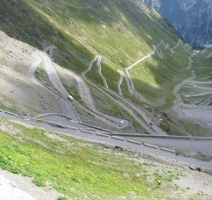 Passo dello Stelvio (Photo courtesy of www.cablomatic.com)