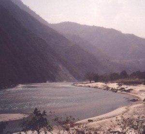 Il fiume Sun Kosi (Photo courtesy of http://tinpan.fortunecity.com)