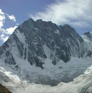 Punta Walker sulle Grandes Jorasses (Photo courtesy of http://www.mihavalic.net)