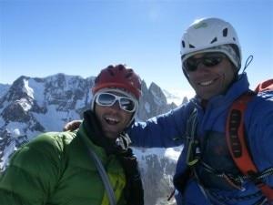 Daniele Bernasconi e Stefano Sosio in cima alla St Exupery (Photo www.stefanososio.com)