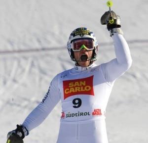 Giuliano Razzoli esulta al termine della gara (© Reuters)