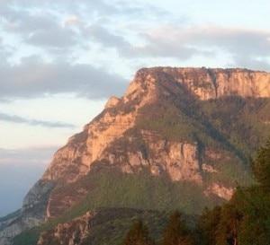 Monte Casale (Photo courtesy of www.valledeilaghi.it)