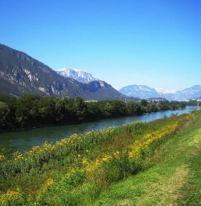 L'Adige, uno dei fiumi che nasce dalle Alpi (Photo courtesy of www.flickr.com/photos/angelike)