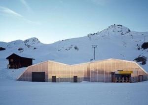 Ski-lift Carmenna in Arosa (Photo cpurtesy designrulz.com)