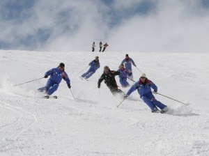 Maestri di sci (Photo courtesy scuolaitalianasci.com)