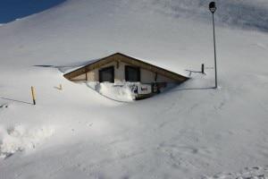 Rifugio Sapienza sotto la neve (Photo Rifugio Sapienza)