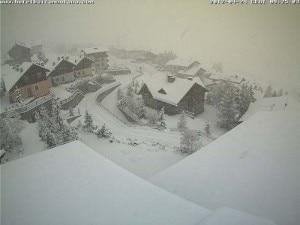 Neve su Livigno (Webcam hotelbaitamontana.com)