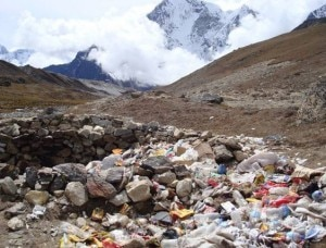 Rifiuti nella valle dell'Everest