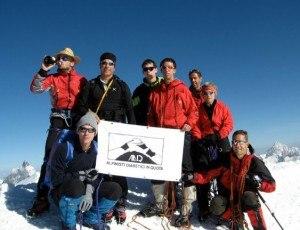Alpinisti diabetici su Punta Castore (Photo courtesy www.adiq.org)