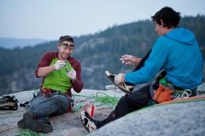 Caldewll e Honnold in cima a El Cap on May 19 (Photo Jeff Johnson Patagonia.com)