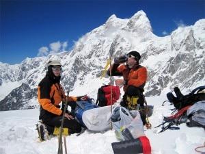 Nives Meroi e Romano Benet al Kangchenjunga (kangchenjunga2012.blogspot.com.es)