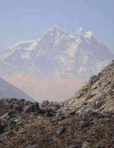 La nube marrone all'Everest