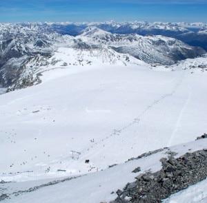 Il ghiacciaio dello Stelvio (Photo courtesy of www.snowboarditaliamag.it)