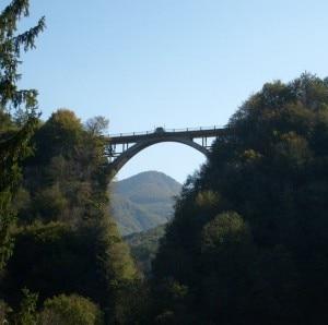 Il Ponte della Vittoria a Cremeno (Photo Martino Taloni courtesy of www.panoramio.com)