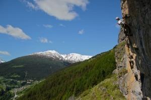 Prova di arrampicata sulla falesia Sant'Antonio di Sanno (Photo Luca Maspes)