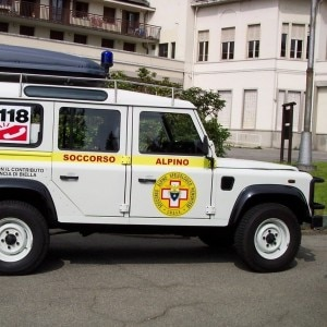 Uno dei mezzi di soccorso del Sasp (Photo courtesy of www.soccorsoalpino.biella.it)