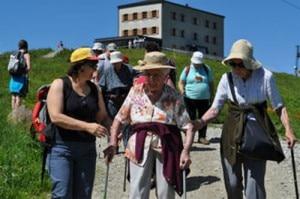 Anziani sul Monte Bianco (Photo courtesy Lastampa.it)