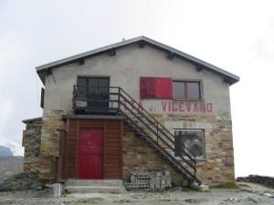 Rifugio Città di Vigevano (Photo courtesy of digilander.libero.it/danieleuboldi/home_page.htm)