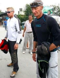 Mondinelli e Gobbi a Kathmandu (photo courtesy Ap)
