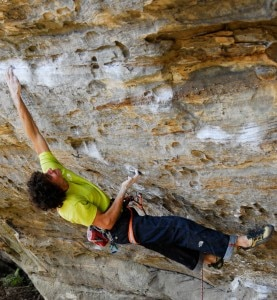 Jacopo Larcher su Southern Smoke Direct 9a (Photo Aurelien Tixier)