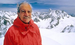 Maurice Herzog a Chamonix nel 1990 (Photo courtesy armchairgeneral.com)
