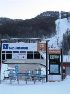 La seggiovia Casse du Bœuf chiusa dopo l'incidente (Photo courtesy of www.ledauphine.com)
