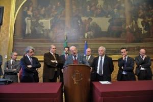 I portavoce delle Associazioni all'incontro con Bersani (Photo www.loscarpone.cai.it)I portavoce delle Associazioni all'incontro con Bersani (Photo www.loscarpone.cai.it)