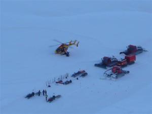 Intervento di soccorso dopo la caduta di una valanga (Photo courtesy of DR/Le dauphine)