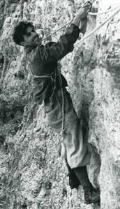 Erich Abram sulla via Stosser alla Tofana di Rozes (Photo Erich Abram_Un alpinista bolzanino pp98)