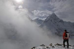 Photo of Everest, armistizio al campo base. Ma la spedizione di Moro e Steck è chiusa