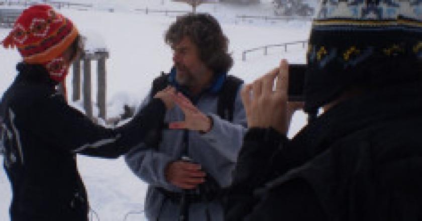 Intervista-Reinhold-Messner-Sara-Sottocornola-e-Valentina-DAngella-300x124.jpg