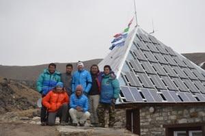 Photo of Simone Moro e Ueli Steck in visita alla Piramide