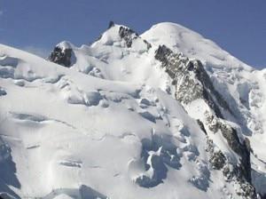 Photo of Valanghe a catena sulle Alpi: nel weekend 9 morti e 6 feriti