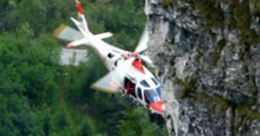 20130410_soccorso-alpino-elicottero-leggera-300x279.jpg