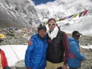 Kenton Cool e Dorje Gylgen Sherpa (Photo www.kentoncool.com)