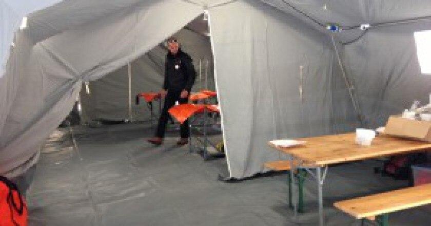 La-tenda-di-soccorso-al-Mùezzalama-Photo-G.Giardini-300x225.jpg