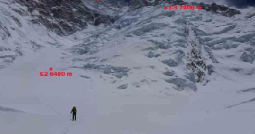 La-vetta-del-Kangchenjunga-Photo-pagina-facebook-Kangchenjunga-Expedition-2013-300x225.png