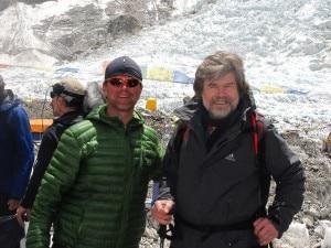 Photo of L'Everest come l'inferno: Messner al campo base per un nuovo film